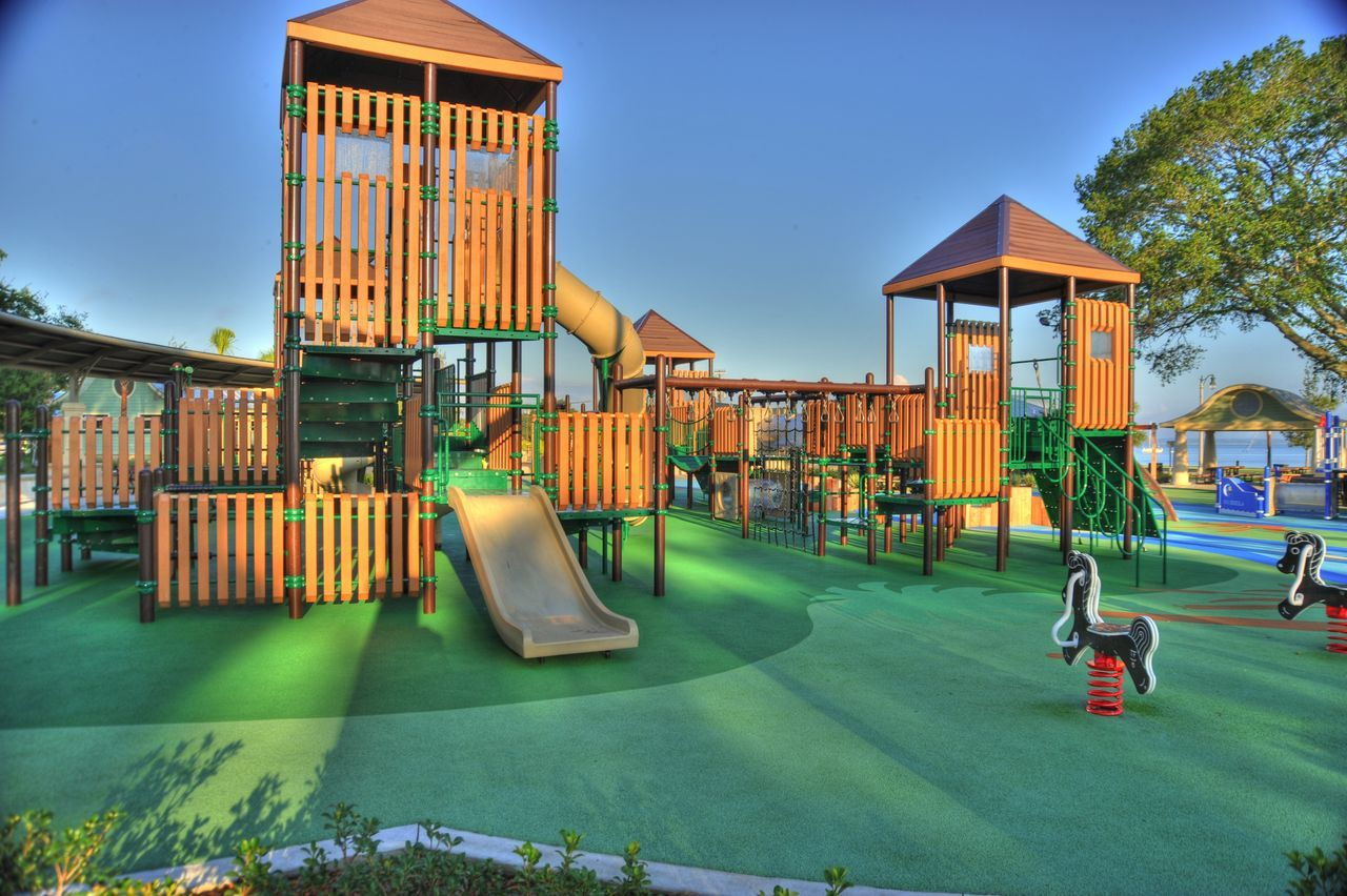 Peaceful Playground Day Park Park With Playground Equipment Parks Playground Playground Equipment Playgrounds Walking Around Streetphotography Playground Equipment Relaxing