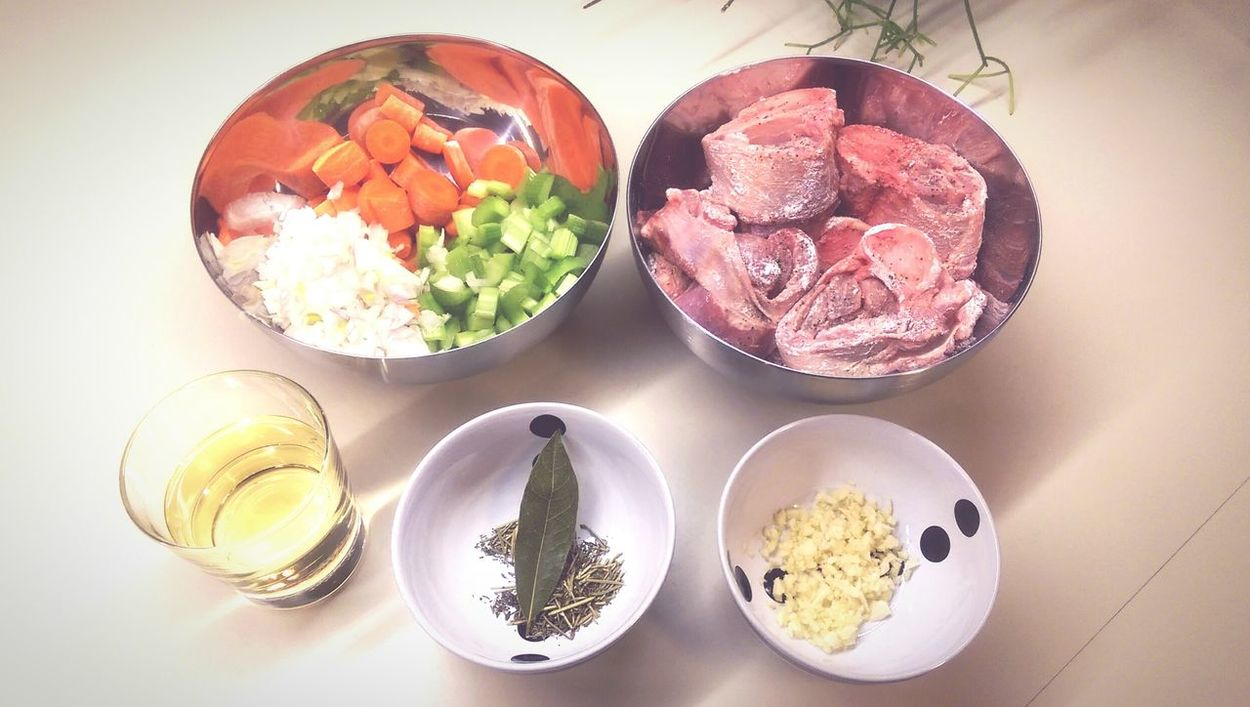 cooking Italian tonight! 🍴Ossobuco Foodie Sundaycooking Homemade Risotto Braisedveal