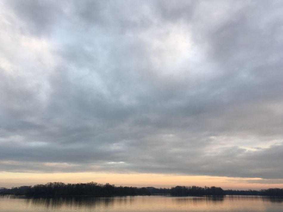 Nature Sky Tranquility Tranquil Scene Scenics Water Beauty In Nature No People Outdoors Cloud - Sky Nofilter Unedited Landscape Day