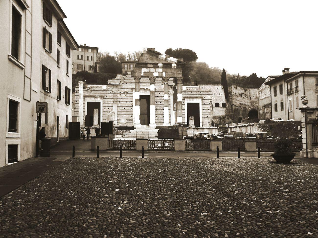 Brescia Italia Italy Foro  Piazzadelforo Santagiulia Brixia Leonessa History Storia Square Piazza Romaní Roma Imperoromano Romanoimpero