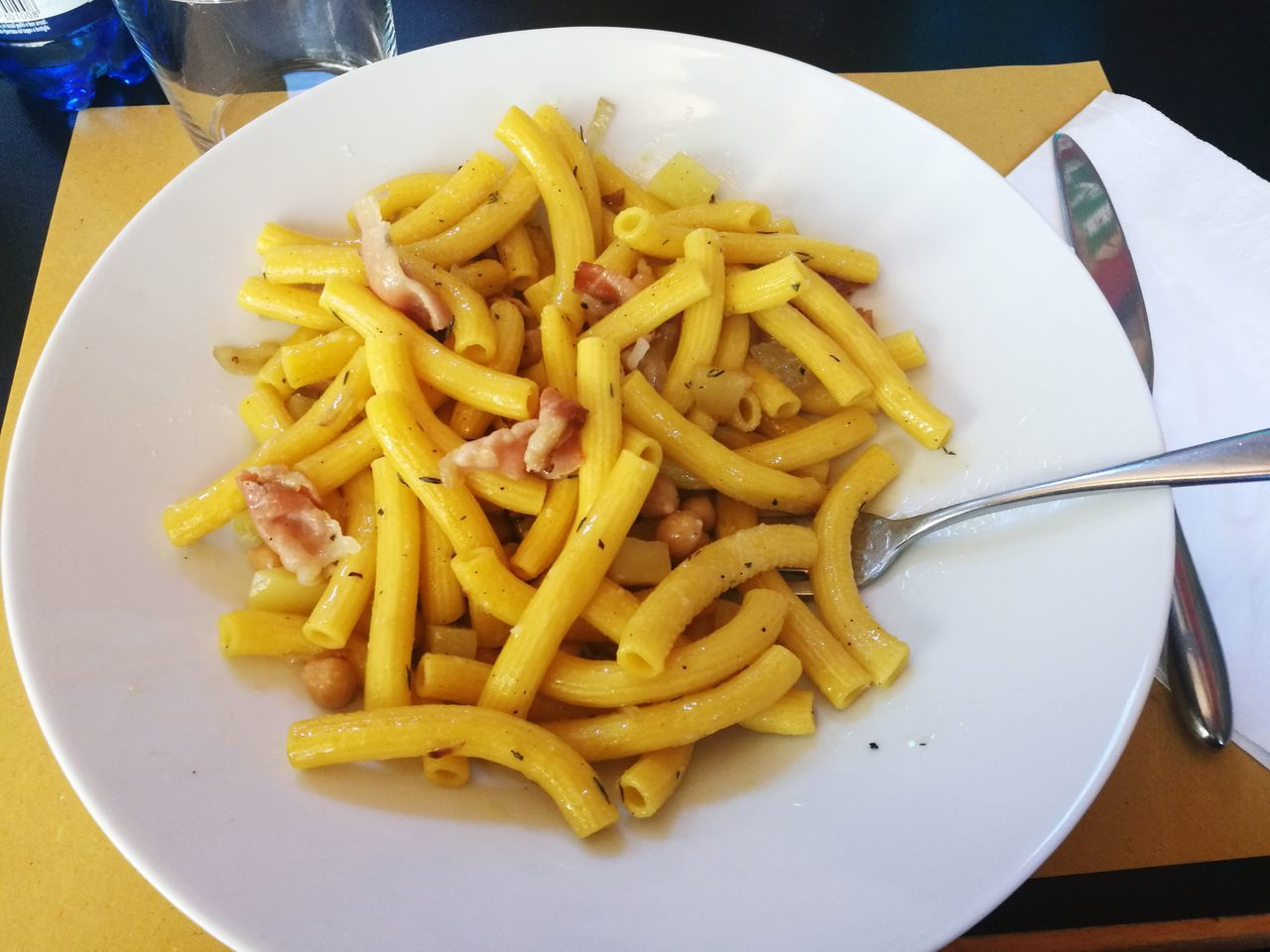 plate, food and drink, food, freshness, ready-to-eat, fork, table, serving size, close-up, no people, indoors, indulgence, italian food, unhealthy eating, day