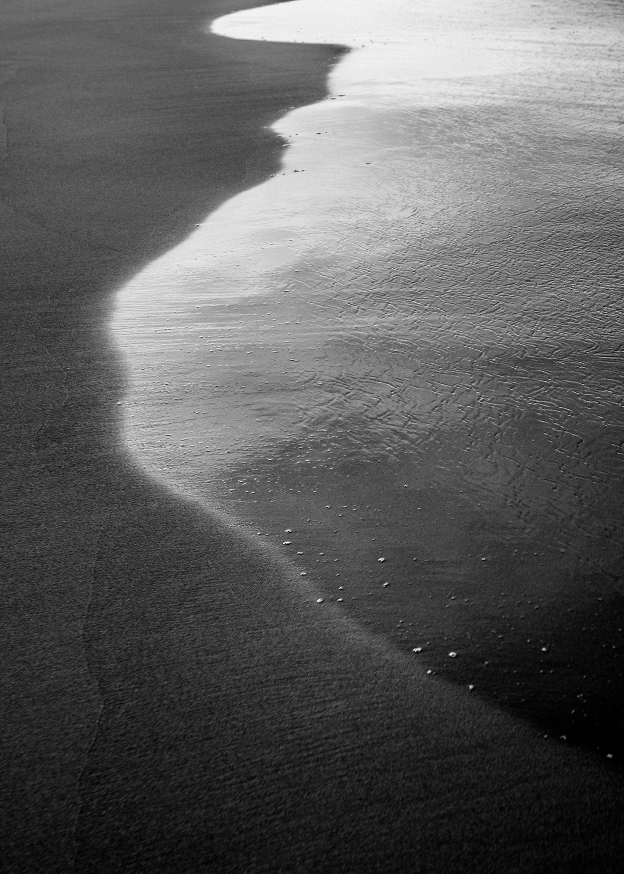 Abstract Photography Beach Beach Photography Beauty In Nature Black And White Photography Blackandwhite Day Nature Nature Photography Nature_collection No People Outdoors Sand Scenics Sea Shadow Sunlight Tranquility Water Water Reflections Water_collection Waves, Ocean, Nature