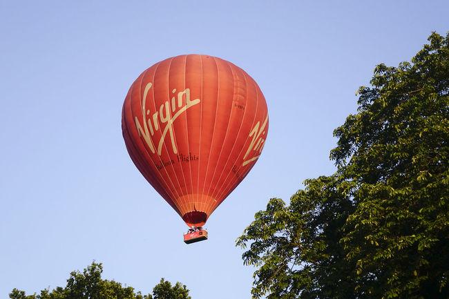 A Virgin hot air balloon flight over the Surrey countryside in Milford, England. England England, UK England🇬🇧 Flight Godalming Hot Air Balloon Hot Air Ballooning Hot Air Balloons Milford Richard Branson Surrey Surrey Countryside Uk Virgin