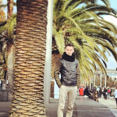 Palma árbol Costa Puerto sol happy photography hair sun note2 barcelona city instacool l4l art plaza instagram travel fly picture spain