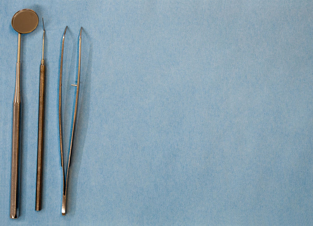 sooo much Copy Space Dentist Dentist Tools Close-up Choice Blue Background Indoors  Medical Instruments No People Studio Shot Indoors  Prophylaxis mal wieder zum Zahnarzt 😱😷