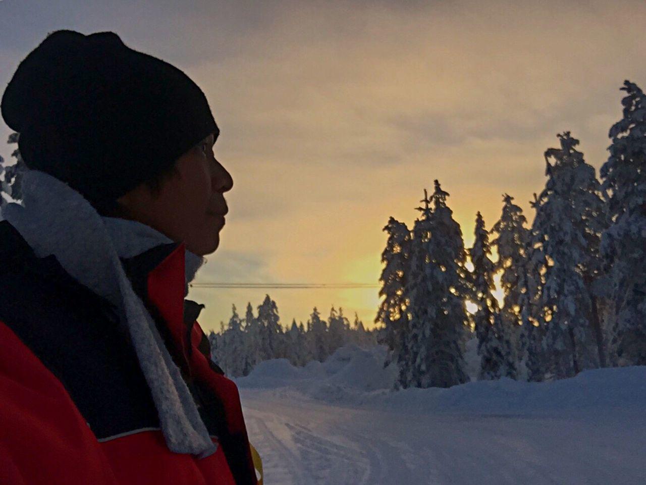 The Tourist LLLimages Winterinfinland2016 Winterinlaplandfinland Aurora Chasing Sojourn IntotheArticCircle Rovaniemi, Finland IPhone Photography Iphonephotography Iphone6 Iphoneonly Learn & Shoot: After Dark IPS2016People