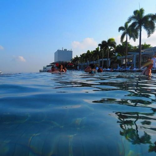 Infintypool Marinabaysands ASIA Singapore Awesome Amazing Cool Me Beautiful Livingthedream
