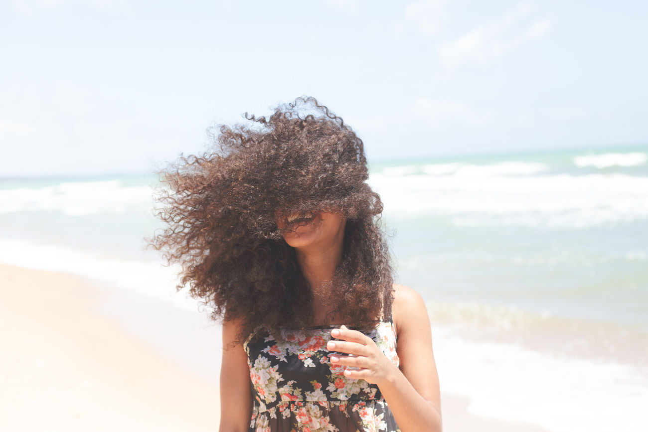 Beautiful stock photos of lächeln, 18-19 Years, African-American Ethnicity, Beach, Beautiful Woman