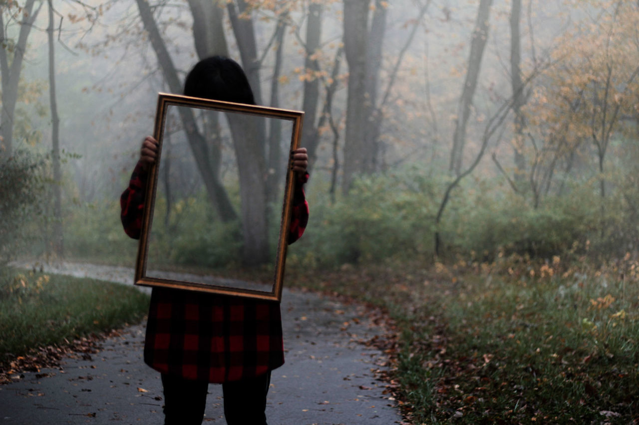 Fall is so beautiful, just want to frame it. Happy Halloween! Nature Outdoors One Person Getting Inspired October EyeEm Best Shots EyeEm Halloween Foggy Morning Taking Photos