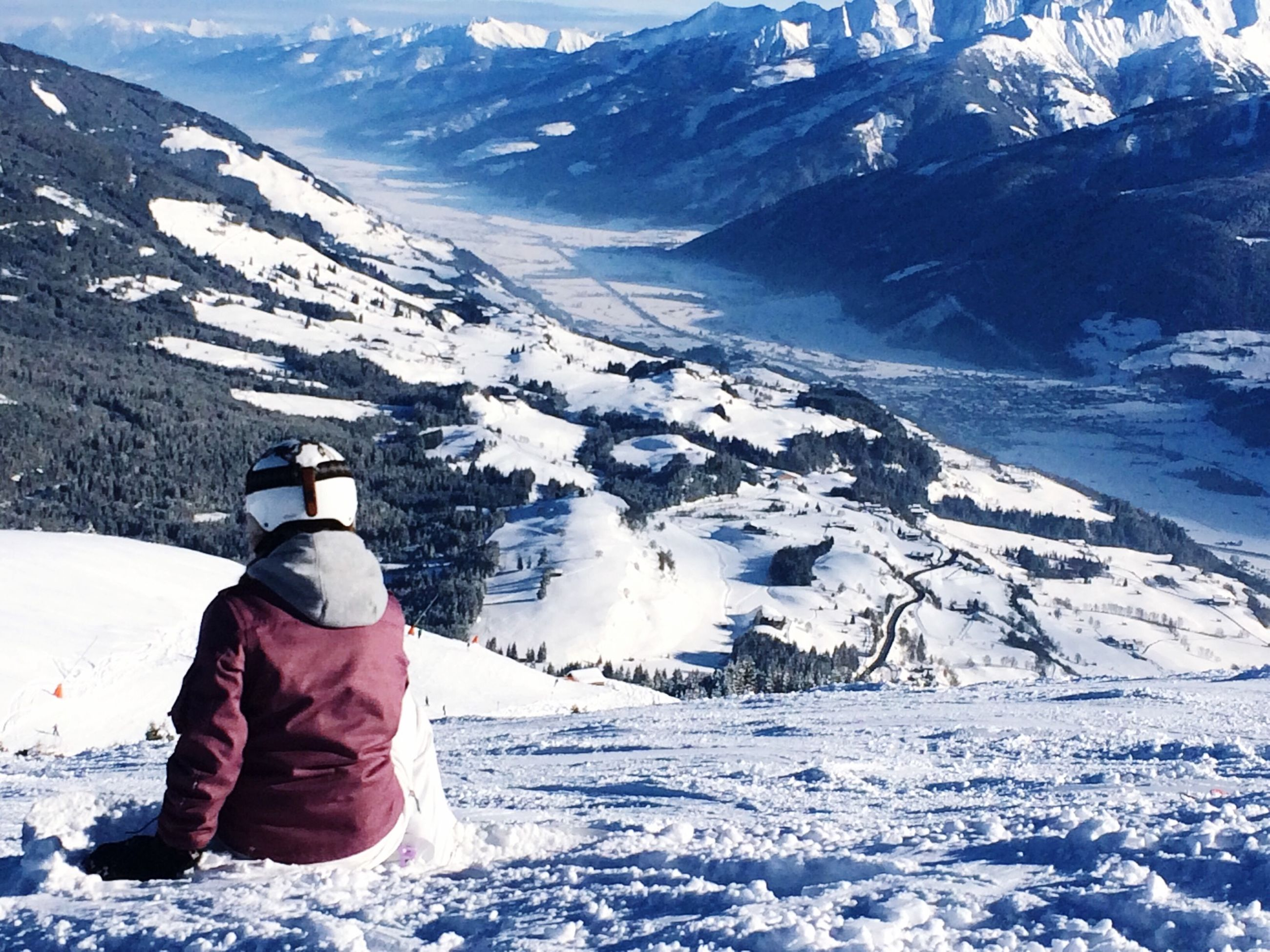 snow, winter, cold temperature, season, mountain, weather, snowcapped mountain, tranquil scene, covering, landscape, tranquility, scenics, frozen, mountain range, beauty in nature, nature, leisure activity, warm clothing