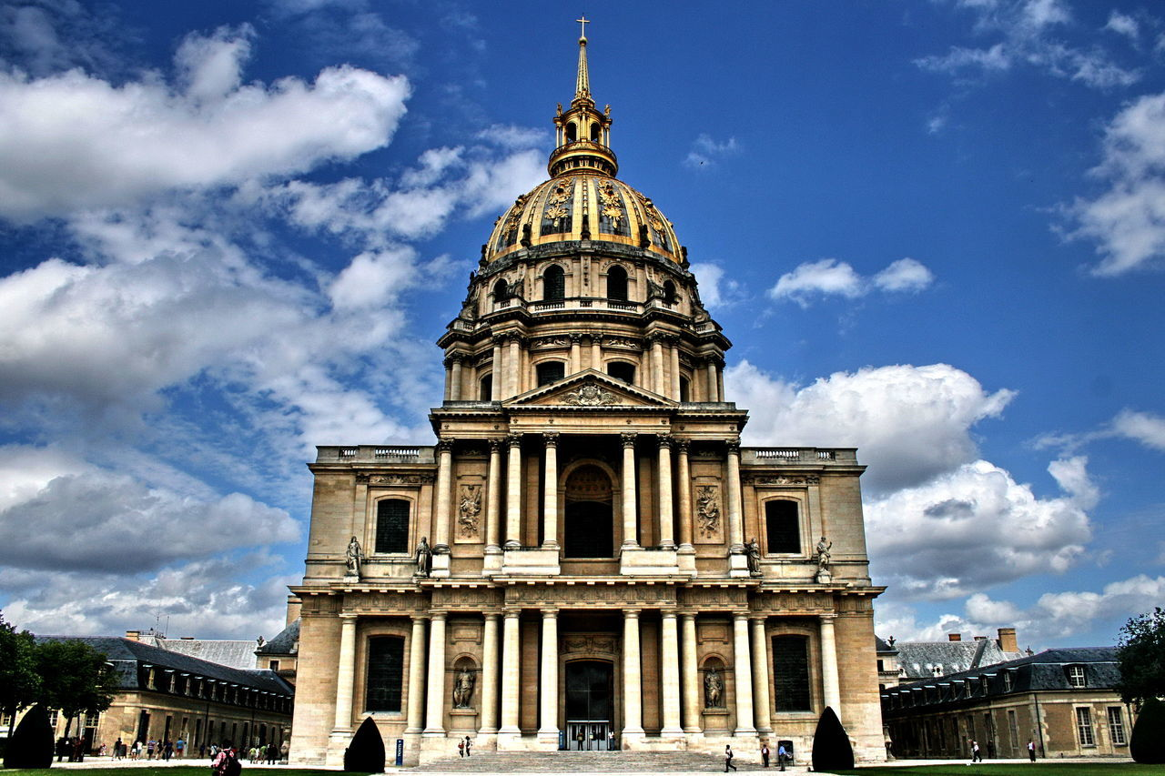Low Angle View Of Les Invalides Against Sky