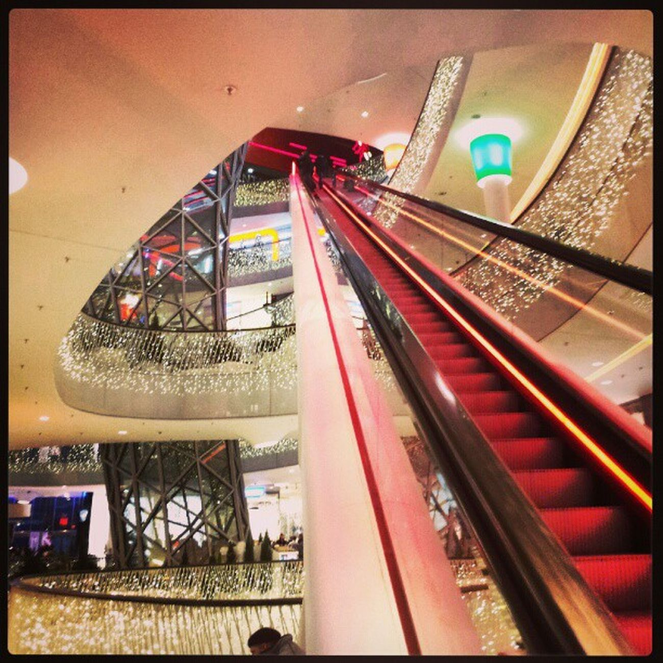 #germany #frankfurt #zeil #city #escalator #igers #igfamos #instgramm #instagood #shoping Igfamos Instgramm Escalator City Germany Frankfurt Shoping Igers Zeil Instagood