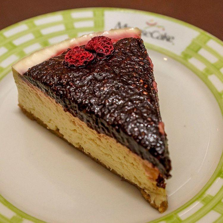 E pra finalizar a Gordice , um Cheesecake de Frutasvermelhas Delicioso instaphoto instafood pornfood