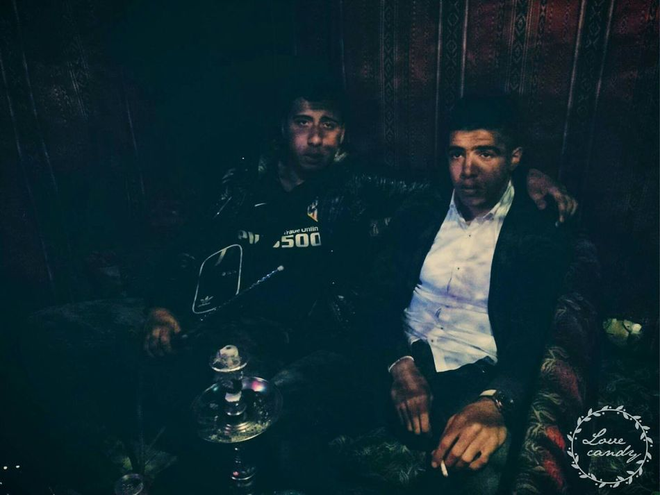 Avec Le poto Kouba People Watching Hello World Nightphotography Club Relaxing Check This Out