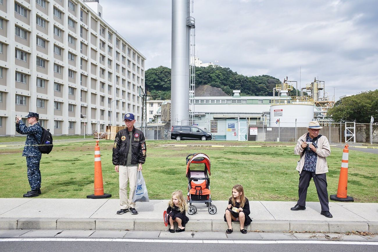 The Street Photographer - 2017 EyeEm Awards Japan Candid Photography Colors Street Photography