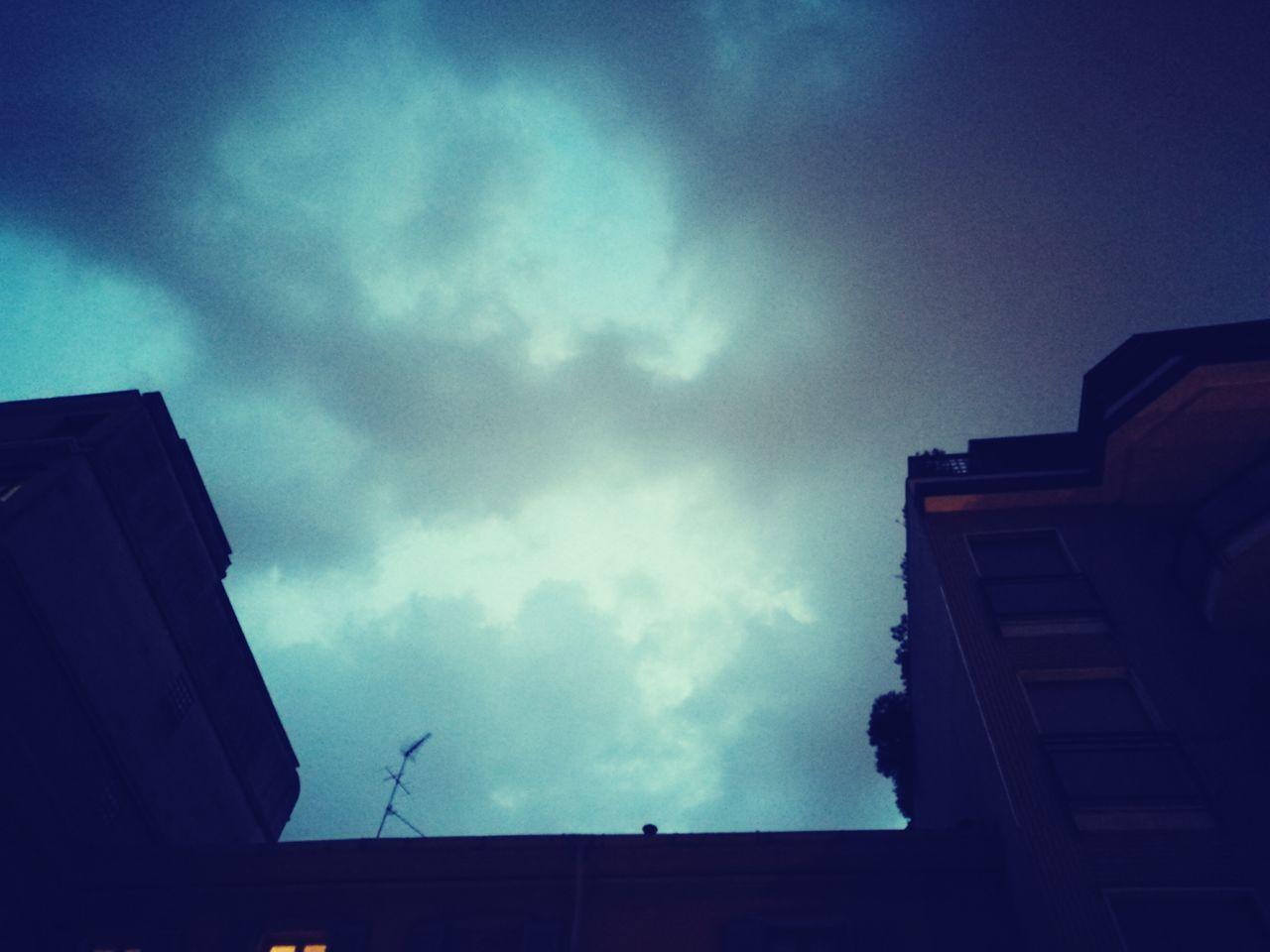 Cloud - Sky No People Low Angle View Outdoors Rain's Coming