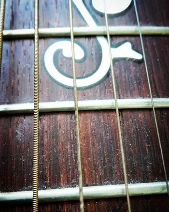 Guitar Music Musicalinstrument Instrument Strings Wood Tvc_np_gold Wmm_brown