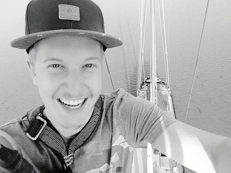 Water Sunshine Nature Zweimaster Segel Boat Meer Segeln Windy Climbing Klettern Ijsselmeer Sun Outdoors Wind Holland Sailing Ship Sunset Summer Wasser Niederlande Smile Cap Portrait Looking At Camera Flying High