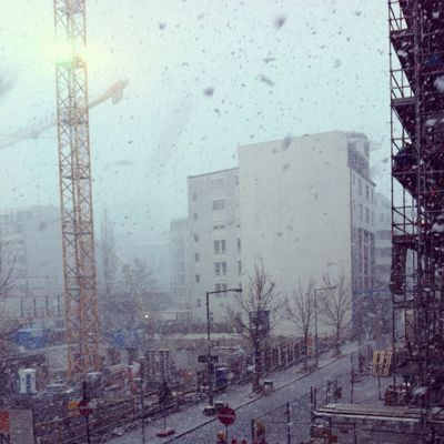 snowing in Berlin by ÄT-Photo