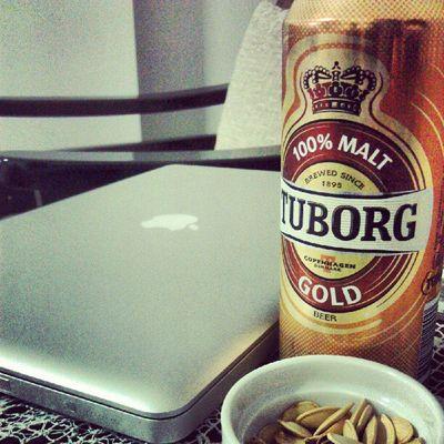 Öğlen acımasızca bensiz bira götüren arkadaşlara selam olsun. :)