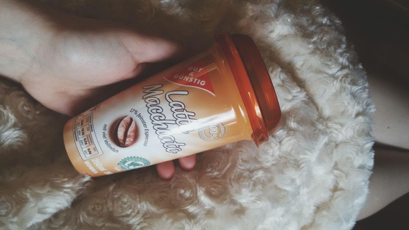 Gönnen <3 Enjoying Life Love Yum Relaxing Coffee Lecker Lattemacchiato ☕?