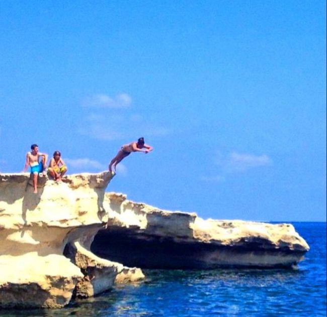 Into the blue 💦💦💦 Diving Rock Diving Mediterranean  Malta The Blue Lagoon, Comino Comino MyDiveTrip ❤ The Moment - 2015 EyeEm Awards