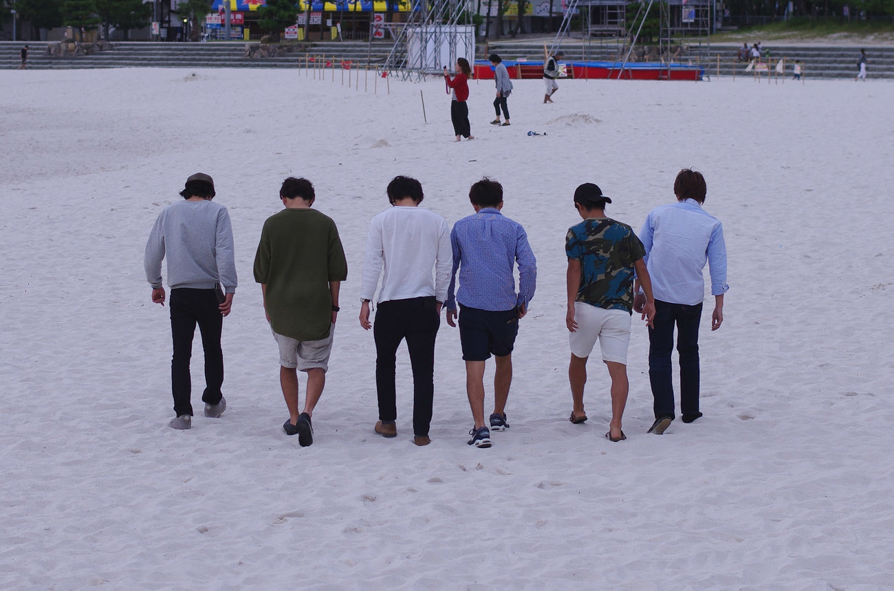 Boys 前向かなきゃぶつかっちゃうよ Taking Photos Boys Boys Boys Bad Boys