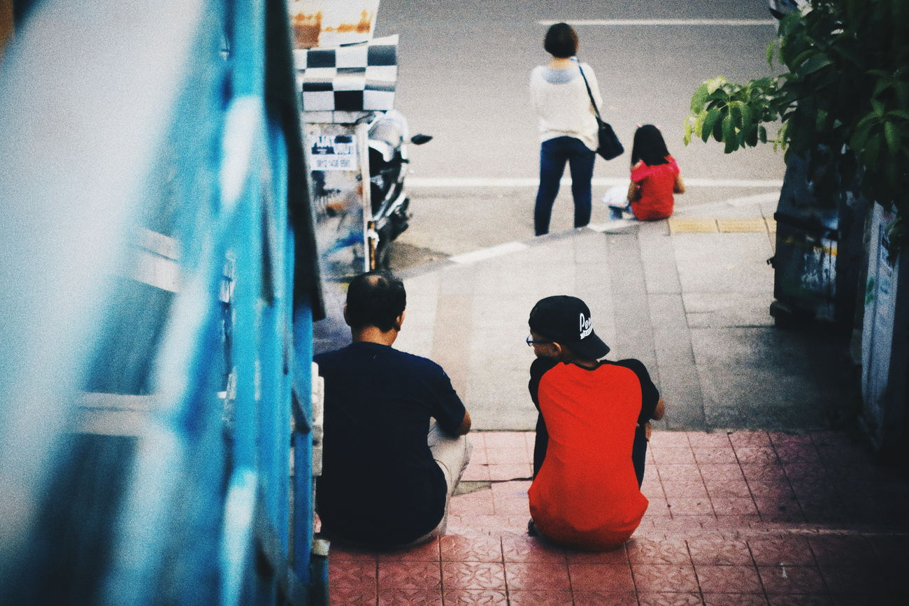 A short break.. // Boys High Angle View Real People Childhood Shadow Lifestyles Togetherness Day Leisure Activity Girls People Standing Outdoors Women Men Child Adult Friendship Full Length Eyeemindonesia Arts Culture And Entertainment Humaninterest The Street Photographer - 2017 EyeEm Awards