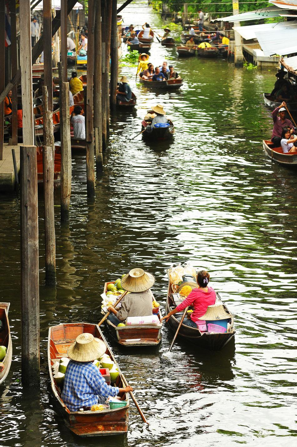 Boat Canal Casual Clothing City Life Day Floating Market Dumnoen Saduak Floating Market In Hat Yai,Thailand Leisure Activity Lifestyles Mode Of Transport Nature Nautical Vessel Outdoors Rippled Sitting Water