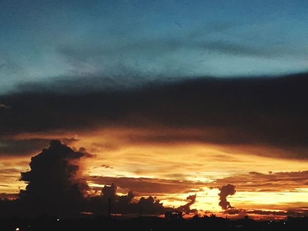 this sky it is on fire🔥🔥