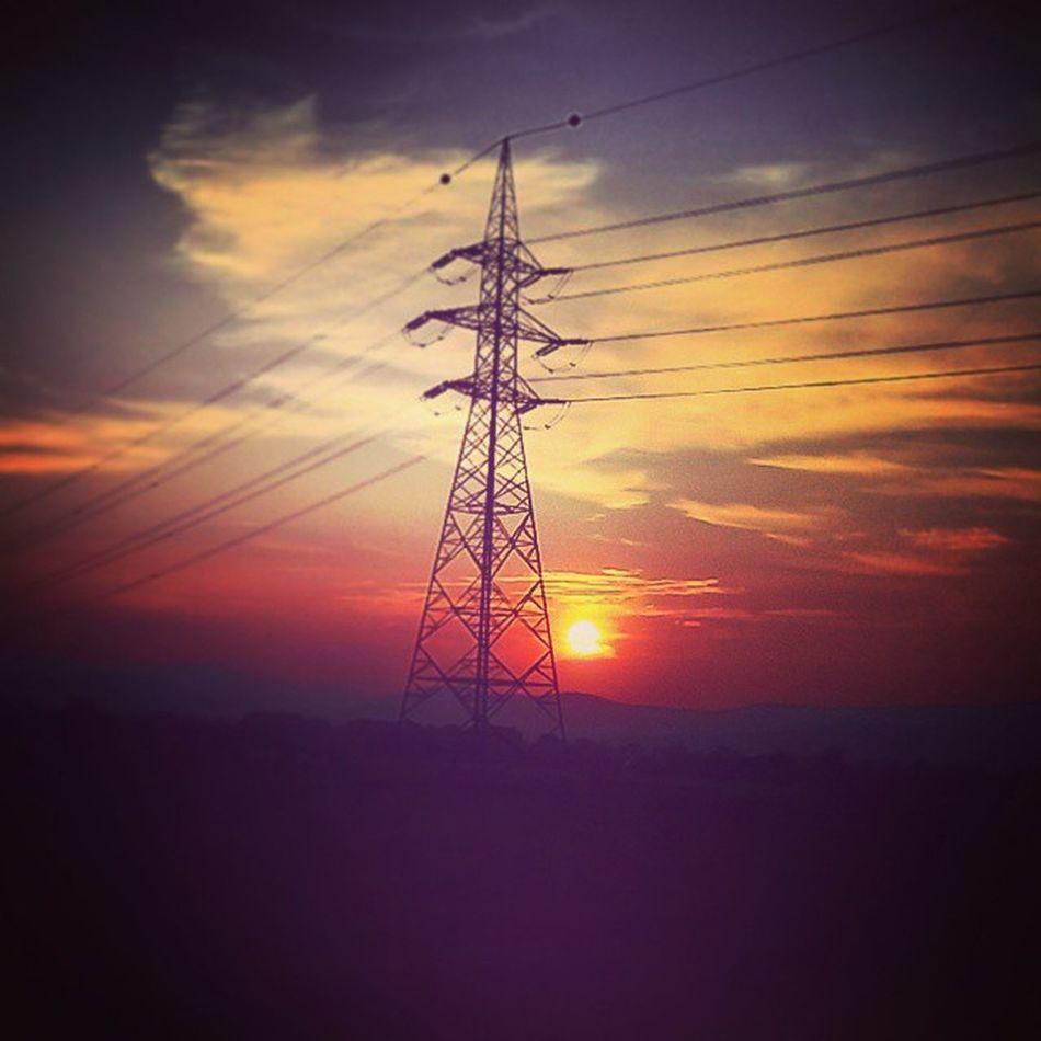 Szakmai ártalom Ipar Sundown Clouds Onthewayhome Love Handball Training Froccs Highvoltage LovingLife ElectricalEngineer