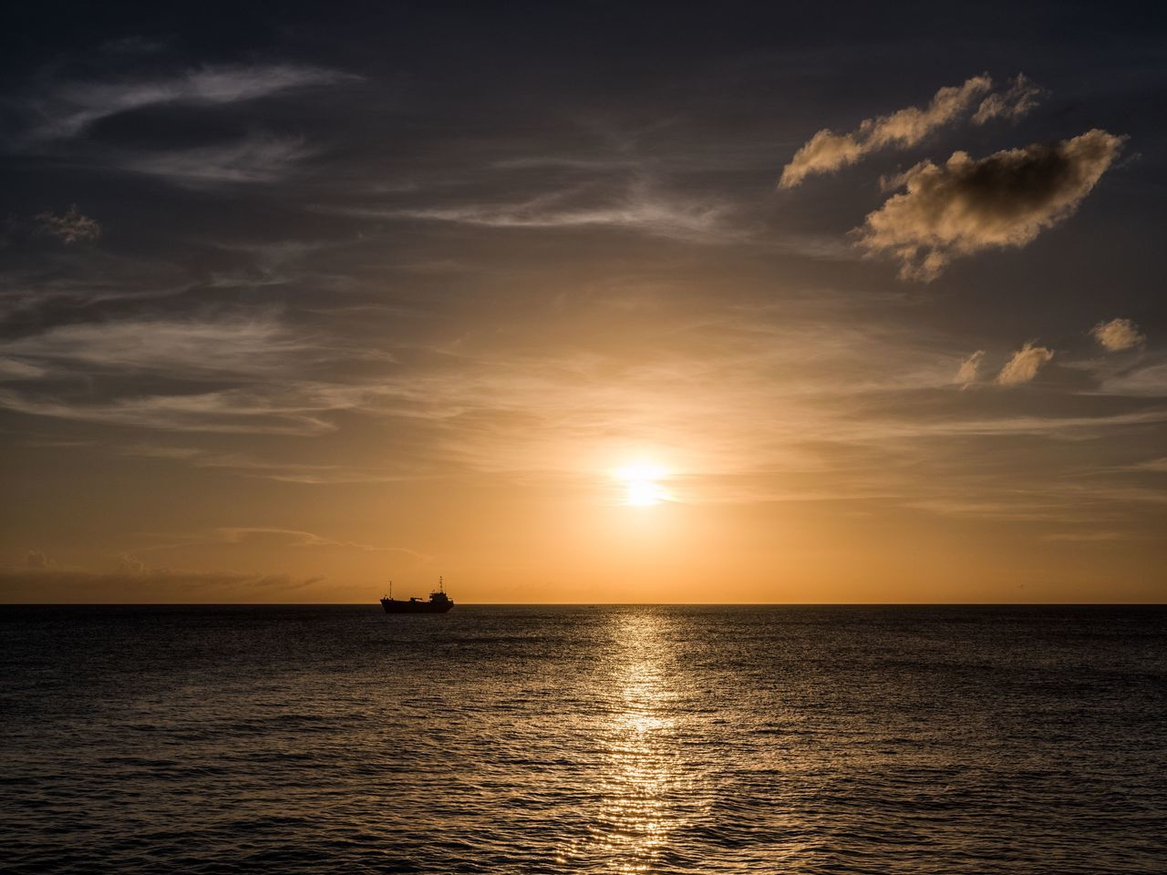 Waiting for my 🚢 to come in... Sunset Sea Beauty In Nature Scenics Water Sky Silhouette Tranquil Scene Sun Horizon Over Water Waterfront Cloud - Sky Rippled No People Outdoors Sunlight Nautical Vessel Photographyisthemuse Bimini The Bahamas Travel Photography