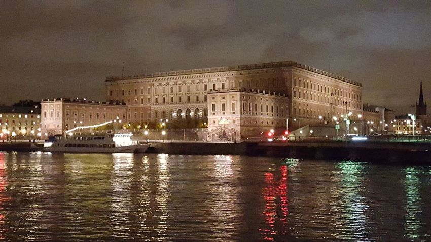 The Royal Castle Stockholm By Night Stockholm Södermalm Stockholm Here Belongs To Me Battle Of The Cities