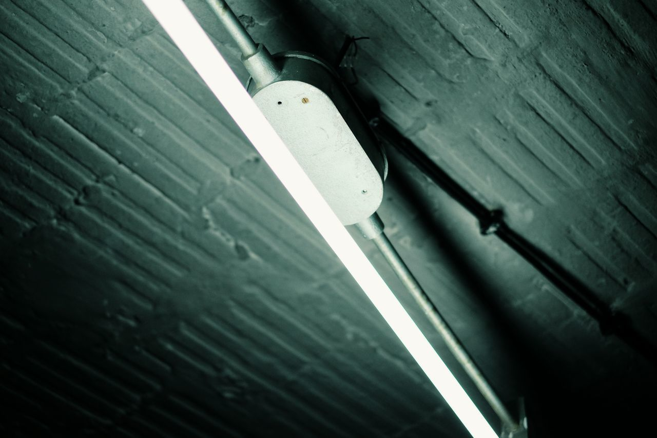 Low Angle View Indoors  Ceiling Lighting Equipment No People Architecture via Fotofall