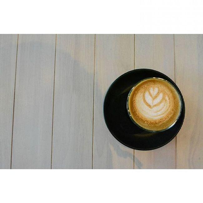 I feel the chemical of coffee flow in my bloodstream. 250815 Tuesday Latte Art Photography Lenovo Instagram Instapost Instalike Instadaily VSCO Vscofile Vscocam Myalbum