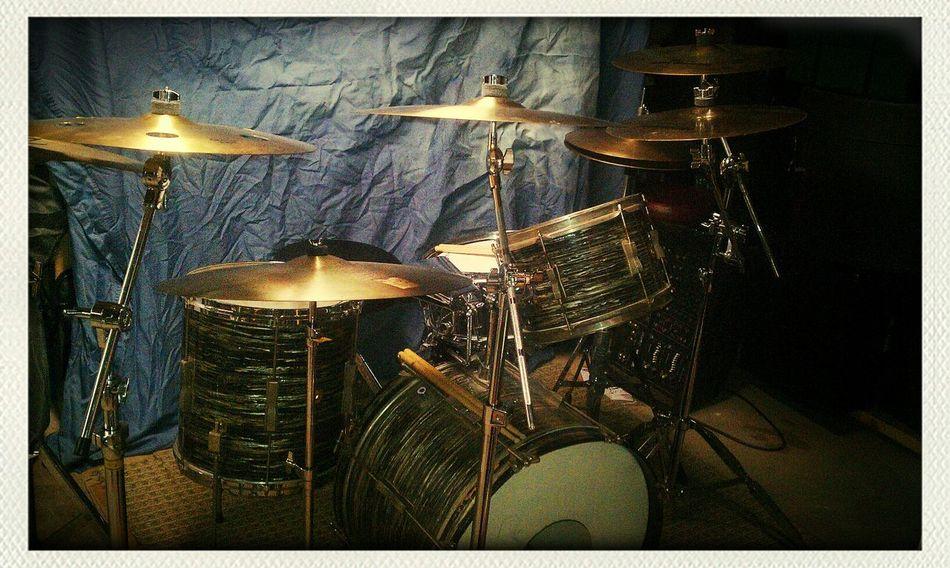 1964 Ludwig Ringo Starr drum kit... Hello World