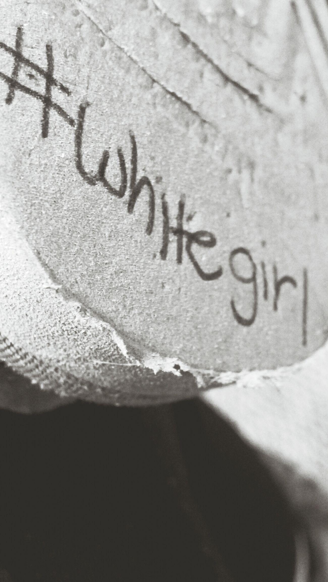 Whitegirl! Uggs