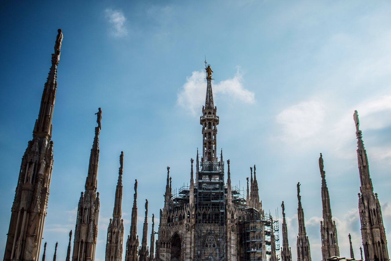Sky Low Angle View No People Day Outdoors Built Structure Architecture Travel Destinations History Milano Milan Market City Canon EyeEm Best Shots Canonphotography Canon70d Religion Clear Sky Horizontal Architectural Column Building Exterior Sculpture