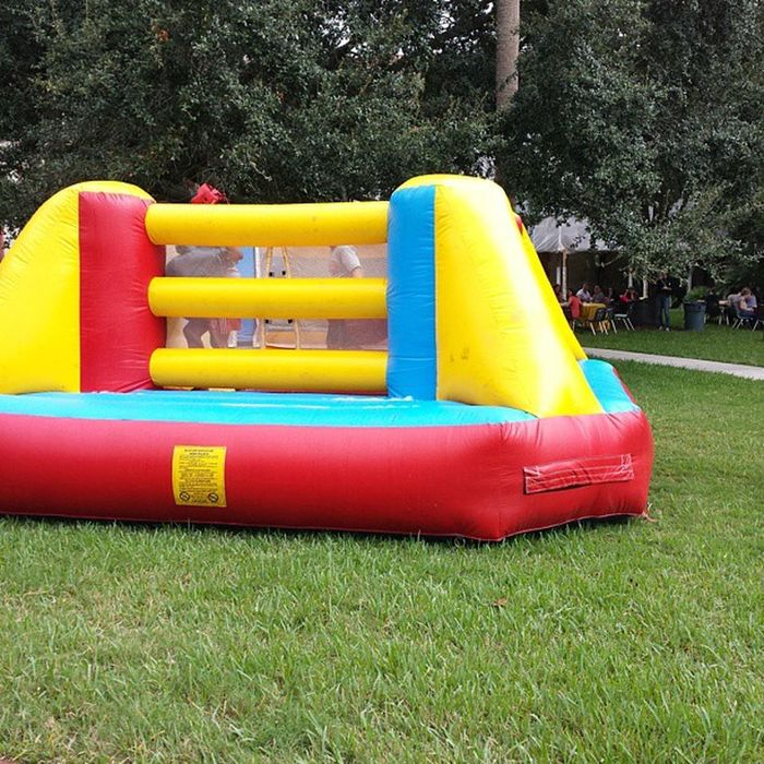 Come out and join the fun filled activities on the West Lawn today! FlaglerCollege Foundersday