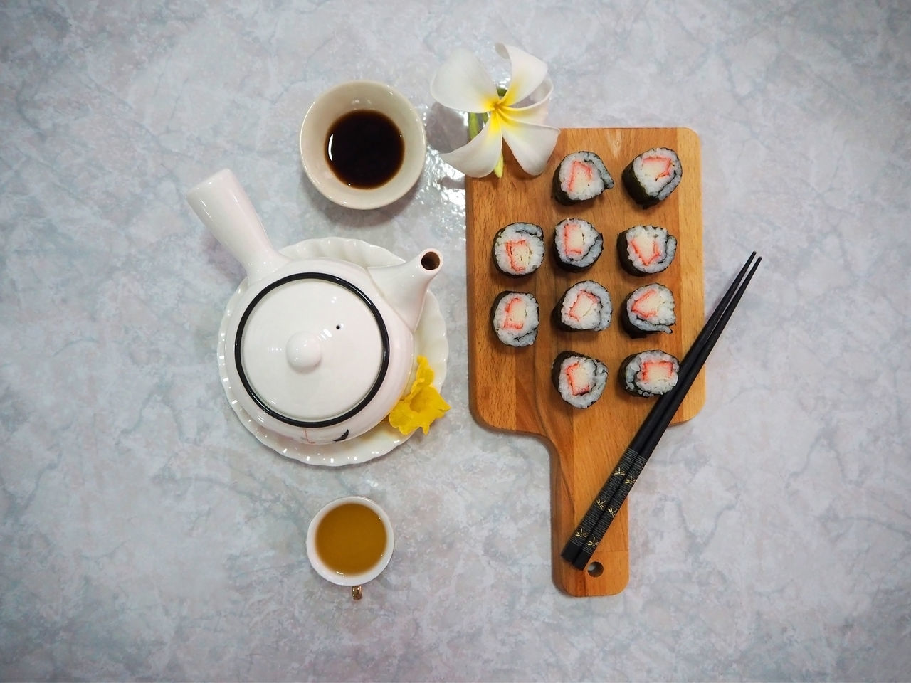 🍣 Ready-to-eat 🍣 Arrangement Chopsticks Ceramics Selective Focus Close-up Cup Directly Above Exceptional Photographs Flower Food Food And Drink Marble No People A Bird's Eye View Overhead View Handmade For You Still Life Sushi Sushi Time Tadaa Community Tea Teapot Variation Wooden Board