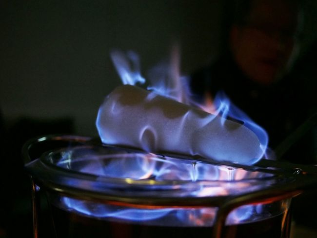 Loaf in flames - MAinLoveWithColors and Little Girl watching Sugar Loaf Sugarloaf On Fire Fire Flames Blue Flames Burning Burning Flames Around The Fire Fireplace Feuerzangenbowle Heat Heat Of The Moment Capture The Moment How I See The World - 22.12.2015