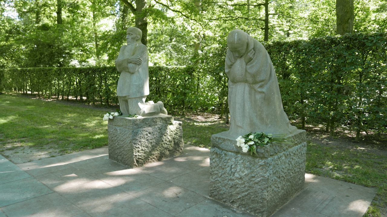 The Grieving Parents at Vladslo German war cemetery Sculpture Human Representation Art And Craft Spirituality Tree Religion Day Outdoors No People Nature Statue Käthe Kollwitz Statues And Monuments Cemetery Art  World War I
