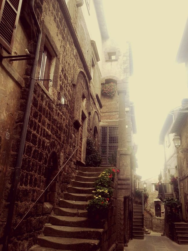 Sky Building Story Architecture Historical Building Alley Historical Place Historic Building Historic City