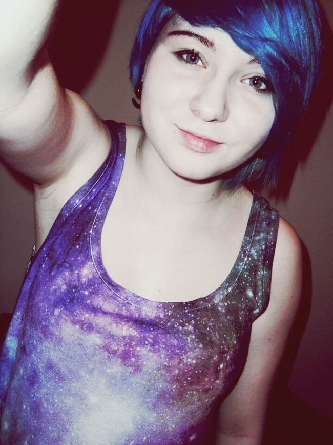 Scene Girl That's Me Blue Hair *o* Hanging Out