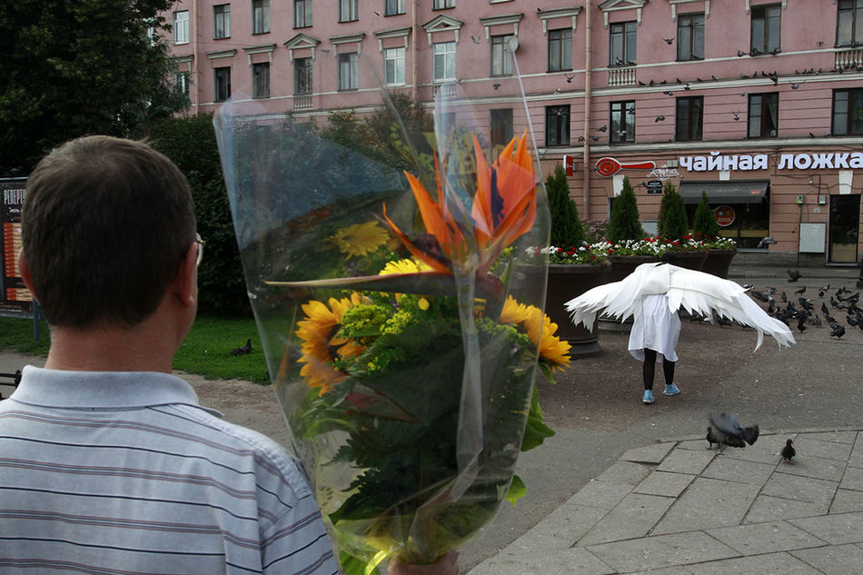 Streetphotography Street Colour Angel Saint Petersburg Russia Observecollective