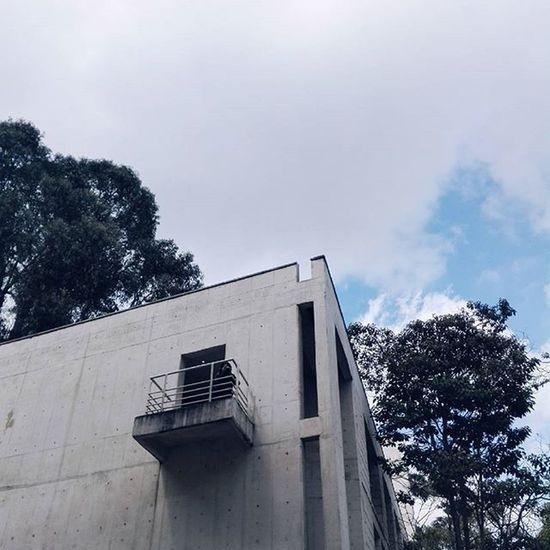 Ciudades nubladas Architecture Photograph Sky Cloudy Naturelovers Streetmodel Hideandseek
