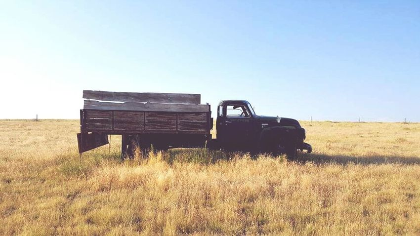 Forgotten Weathered Antique Nebraska Rustic Dumptruck Chevy Truck Chevy Oldtruck Taking Photos Photographylover MyPhotography Photolife Photography Shooting Scenery Hidden Gems