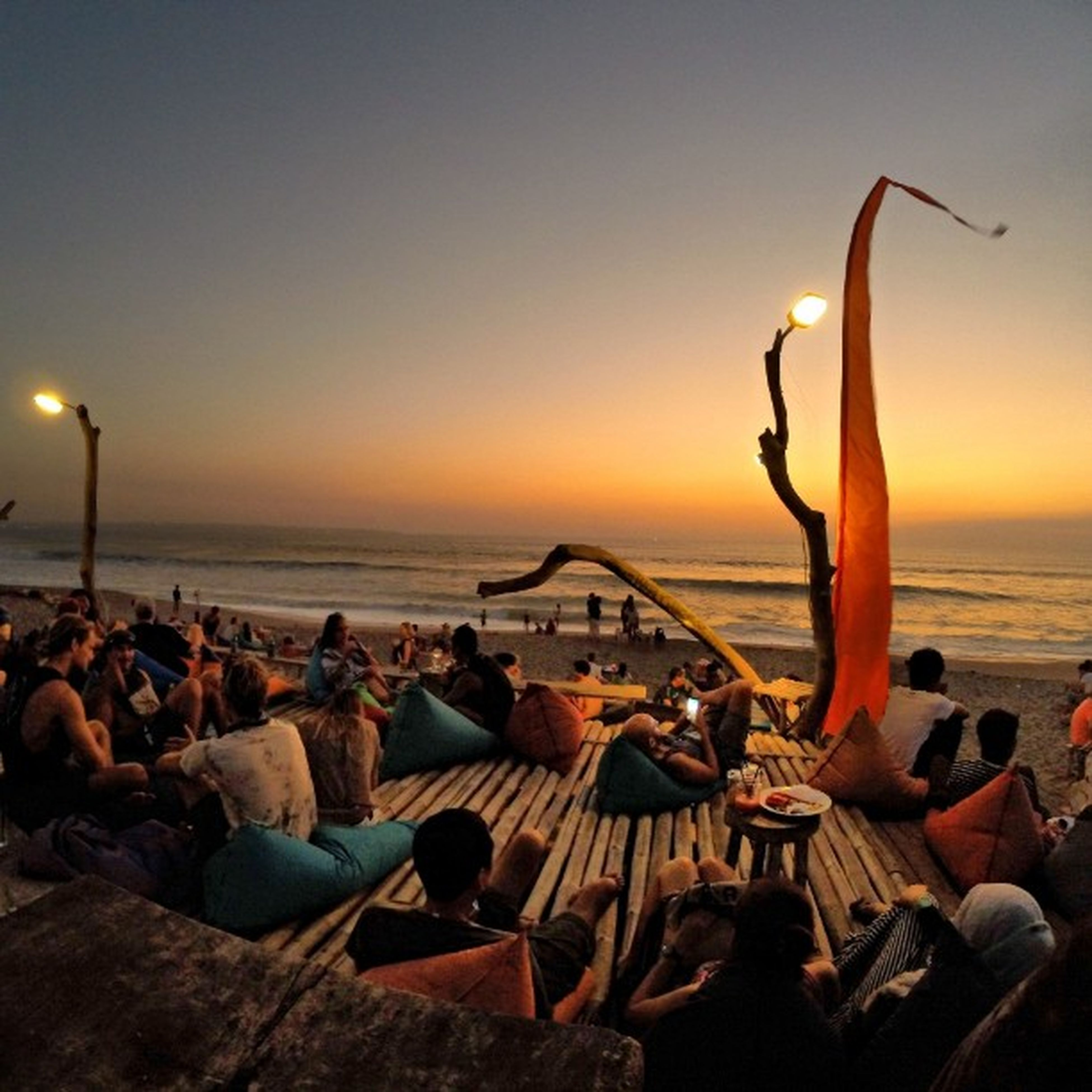 """Never waste any amount of time doing anything important when there is a sunset outside that you should be sitting under!"" C. Joybell C. Location : 707 Beachberm Sunset 707beachberm Travelphotography Findyourcoast Shareyourparadise BaliSunset Hellobali Goproid Goprodewata Shareyourparadise Indotravel"