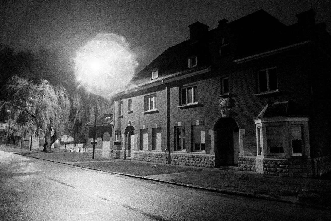 2006 Architecture Atmosphere Black & White Building Exterior Façade House Magritte Tribute Magritteinspired Night Night Lights Residential Structure Urban