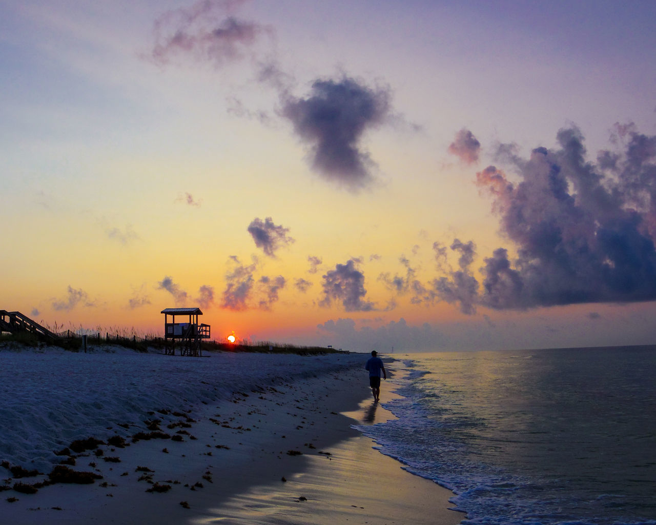 Beach Beauty In Nature Cloud - Sky Cold Temperature Day Full Length Horizon Over Water Nature One Person Outdoors People Sand Scenics Sea Sky Sunrise Sunset Tranquil Scene Walking Alone... Walking Around Walking On The Beach Water